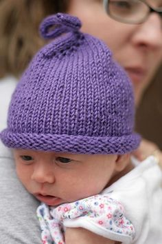 Purple Hats For Newborns Free Knitting Patterns for baby hats and baby caps - makers needed to knit purple hats for babies. Read more here and see how you can help. Baby Hats Knitting, Knitting For Kids, Free Knitting, Knitting Projects, Newborn Knit Hat, Start Knitting, Newborn Hats, Newborns, Sewing Projects