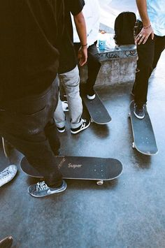 Girls Skate, Skate Boy, Skate Surf, Cruiser Skateboard, Skateboard Art, Spitfire Skate, Skates, Skate Photos, Skate And Destroy