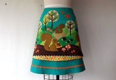 Hedgehog Heaven layered a-line skirt Sz 2