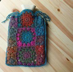 Hot+Water+Bottle+Cover+Crocheted+in+Rainbow+por+EarthandSkyKnitting,+£32.00