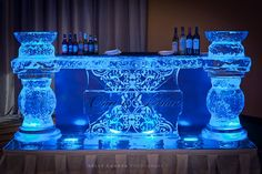 Custom #wedding ice, anyone? Check out this lovely ice bar from a recent wedding for some inspiration :) www.wizardconnection.com