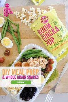 Pair a bag of Angies BOOMCHICKAPOP whole grain popcorn with your favorite lunch to power you through the day. Bariatric Recipes, Diet Recipes, Cooking Recipes, Healthy Recipes, Recipies, Healthy Snacks, Healthy Eating, Fancy Dinner Recipes, Good Food