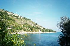 Scorcio della spiaggia detta delle casette, zona Latte (Ventimiglia - IM).