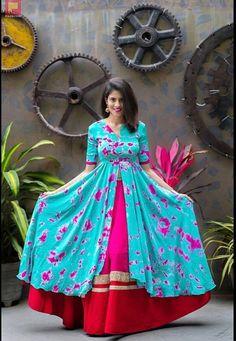 Kurta Designs, Blouse Designs, Dress Designs, India Fashion, Ethnic Fashion, Indian Dresses, Indian Outfits, Anarkali Dress, Lehenga
