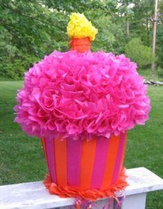 Scrumptious Pinata Ideas For Summer Birthdays Pinata Cupcakes, Cupcake Party, Party Cakes, Mini Cupcakes, Birthday Pinata, Birthday Cupcakes, 1st Birthday Parties, Art Birthday, Birthday Stuff