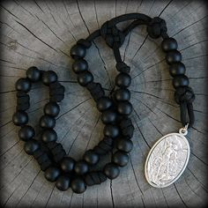 Rugged Rosaries® = the spiritual strength of the rosary + the proven strength of paracord. These are the ORIGINAL Paracord Rosaries. Mens Chain Necklace, Beaded Necklace, Paracord Rosary, Rosary Catholic, Holy Rosary, Bracelet Tutorial, Bracelets For Men, Stones And Crystals, St Michael