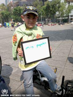 Llevaría conmigo si tuviera que huir mis papeles    - Santiago from Mexico   - Visit 1family: http://www.unhcr.org/1family