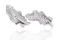 Ann Lin Bella Earrings in white gold, set with 224 diamonds, from the Gesto Collection.