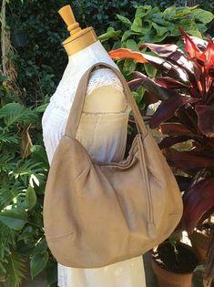 Marni Leather Balloon Bag Handbag Purse Italy ~ Zip Top Tote ~Distressed Leather #Marni #Hobo