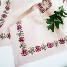 Diy Bow, Crewel Embroidery, Cross Stitch Designs, Bows, Elsa, Anime, Instagram, Cross Stitch Embroidery, Towels
