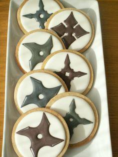 Throwing stars! Ninjitsu Ninja weapon cookies by Honeycat Cookies, via Flickr