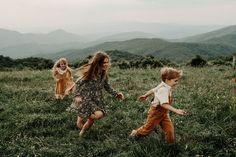 Blue Ridge Mountain Family Photoshoot at Max Patch near Asheville, North Carolina