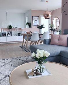 Pink design & Pink living room & Interior design & Pink and white Comfortable Living Rooms, Elegant Living Room, Modern Living, Small Living, Living Room Colors, Living Room Grey, Living Area, Living Room Goals, Interior Design Living Room