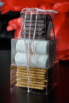 Great gift idea for visitors or any event. Smore kit... my sister basically did this at Christmas for us. =)