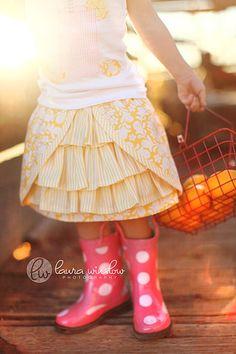 ruffles under scallops- super cute little girl's skirt