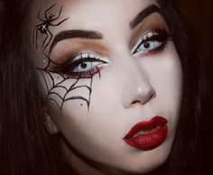 Spider eyelashes of course … | Pinteres…