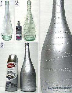 Schmeißt Glasflaschen nicht weg und probiert lieber, daraus nach diesen DIY Ideen etwas Schönes zu machen. Gerade zu Weihnachten hat man genügend freie Zeit, um Flaschen zu tollen Objekten umzuwandeln. Schaut euch an, was man alles aus Glasflaschen machen kann, wenn man sie nicht wegschmeißt, sondern für kreative Aktivitäten nutzt.