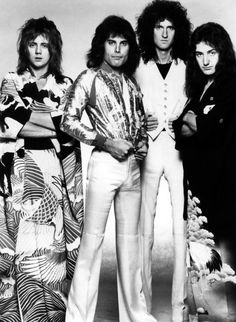 Queen - 1975 - Photographed by Koh Hasebe