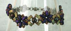 http://craftyinspirationbylinda.blogspot.com/2016/01/christmas-bracelet-6-half-tila-flower.html 1/15/16