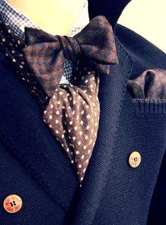 design your own suit http://moderntailor.com