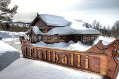 Fjølhalli Restaurant & Bar at Rauland in Telemark County, Norway. http://www.visitrauland.com/Aktoer/Fjoellhalli/Fjoellhalli-Restaurant-og-bar