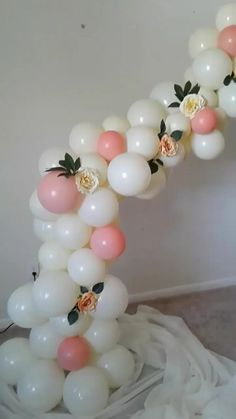 We are an event and party planning company located in Deltona servicing the surrounding area. Events: wedding, sweet sixteen, birthday, baby shower and more! Diy 1st Birthday Decorations, Birthday Balloon Decorations, Girl Baby Shower Decorations, Birthday Balloons, Birthday Party Decorations, Baby Shower Balloon Ideas, Balloon Table Centerpieces, Masquerade Centerpieces, Wedding Centerpieces