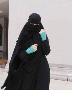 Beautiful Muslim Women, Beautiful Hijab, Beautiful Asian Girls, Hijab Niqab, Muslim Hijab, Niqab Fashion, Muslim Fashion, Hijab Dpz, Muslim Beauty