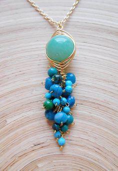 Esmeralda gemstone cluster pendant necklace green blue
