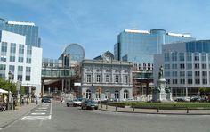 L'espace Léopold, le siège du Parlement européen à Bruxelles. Vue de l'ouest (Place du Luxembourg).