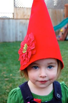 How to make a no-sew gnome hat