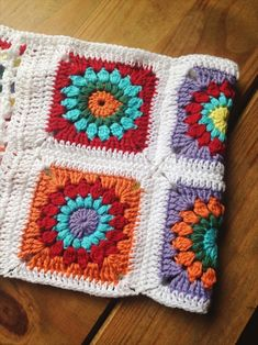 Sunburst granny square are by far my favourite. I love the design, the endless colour combinations, and the simplicity of these little squar...