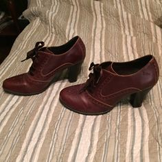 Brown lace up booties Dark brown booties that tie. Great condition Shoes Ankle Boots & Booties