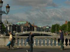 Daily Life on the bridge - O'Connel St Bridge Dublin, Ireland