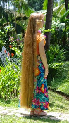 Braids & Hairstyles for Super Long Hair: Length Pictures~ May - My hairstyle My Hairstyle, Girl Hairstyles, Braided Hairstyles, Wedding Hairstyles, Really Long Hair, Long Red Hair, Brown Hair, Black Hair, Beautiful Long Hair