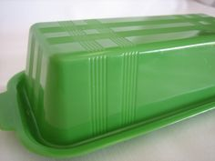 Jade-ite butter dish (okay its plastic, but still. Vintage Dinnerware, Vintage Kitchenware, Butter Dish, Pyrex, Milk Glass, Plastic, Dishes, Tableware, Retro