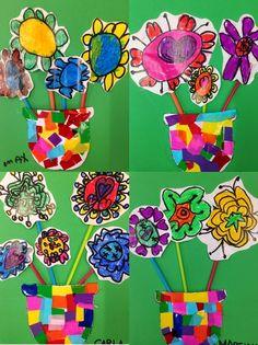 ÀLBUMS FLORS 2on TRIMESTRE - Material: paper, colors, tisores, cola - Nivell: Infantil P5 2014/15 Escola Pia Balmes