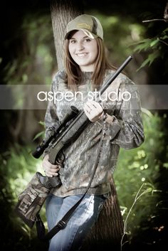 outdoors hunting senior pictures
