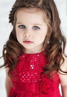 Milana Trofimova (born February 12, 2010) fashion child model from Russia. Nadya Sokologorskaya Photography.