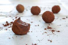 טראפלס שוקולד-שקדים (טבעוני)