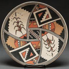 Lois Gutierrez (Santa Clara Pueblo, NM) - clay