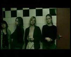 Karen Zoid - Small Room