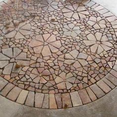 création de mosaïque à partir de carreau en terre cuite
