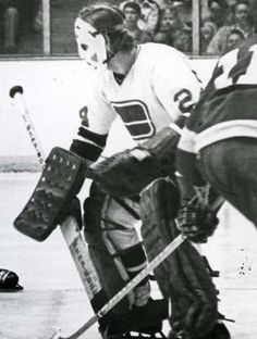 Ed Dyck with the Vancouver Canucks.
