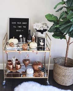 It is really easy to decorate your bar cart for any occasion including Halloween! See I how I styled my bar bart with all the essentials and affordable. Bar Cart Styling, Diy Bar Cart, Gold Bar Cart, Bar Cart Decor, Ikea Bar Cart, Home Bar Decor, Fall Home Decor, Autumn Home, Modern Fall Decor