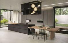 cuisine noire et bois avec meuble en beige