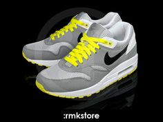 755b7411613b Nike Wmns Air Max 1 Medium Grey Sonic Yellow (319986-019)