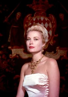 Grace Kelly: Truly One of a Kind • summers-in-hollywood:   Princess Grace...