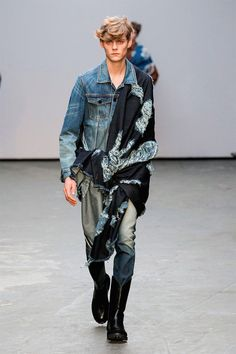 Xander Zhou Menswear  - The Xander Zhou menswear collection for Fall/Winter 2015 boasts deconstructed denim pieces that are layered dramatically. In addition to the collec...
