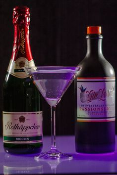 Sweet , fruity gin liqueur mixed with champagne tastes incredibly delicious ! do not miss the best cocktails !