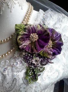 lila samt shabby Brosche Corsage Haar-Accessoire